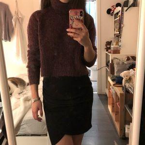 Aritzia burgundy turtleneck sweater size XS
